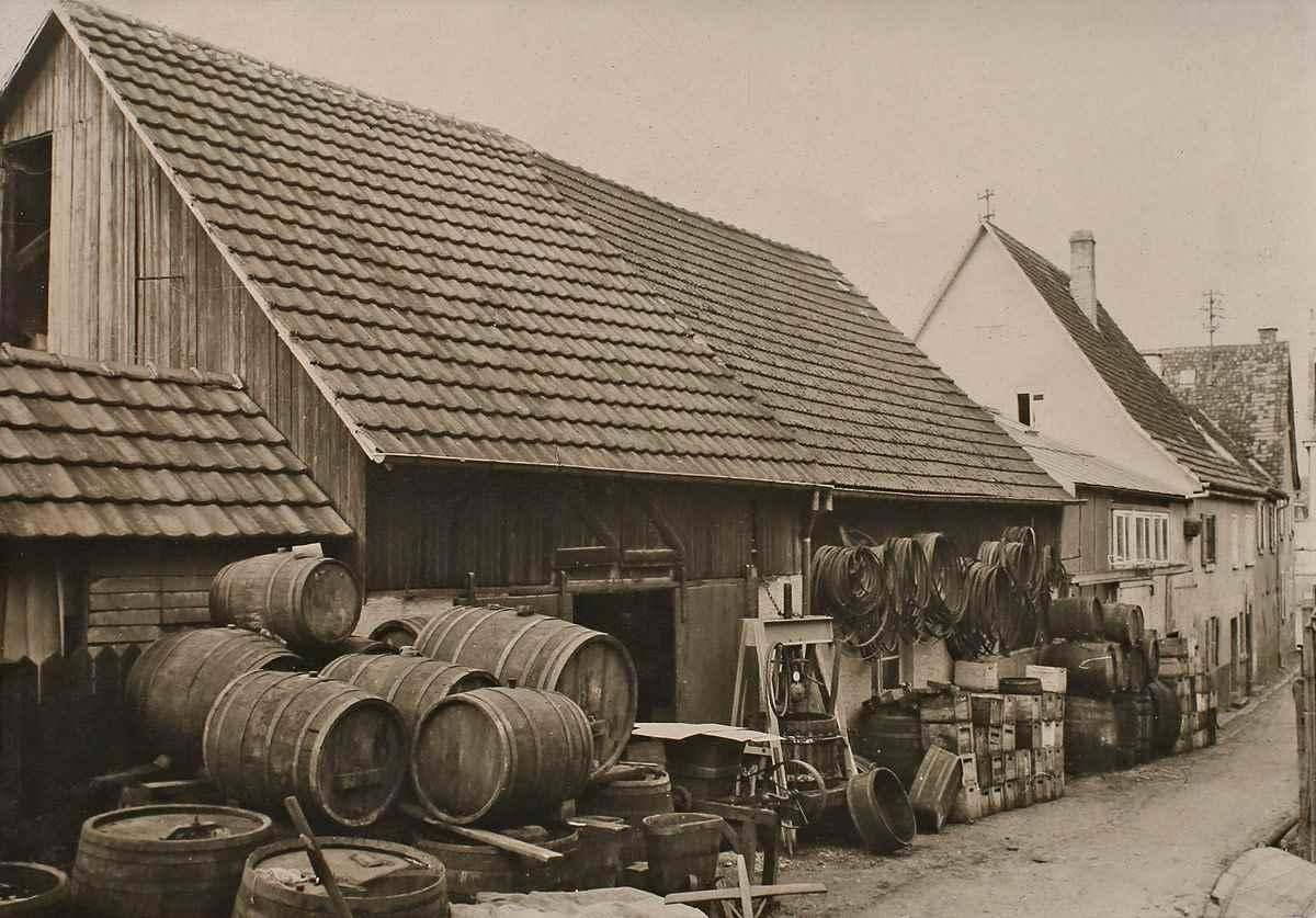 Wüteria Mineralwasser Historische Küferei